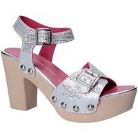 Παπούτσια Γυναίκα Σανδάλια / Πέδιλα Fornarina PE17MI1022G090 Γκρί