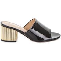 Παπούτσια Γυναίκα Τσόκαρα Gold&gold A19 GJ113 Μαύρος