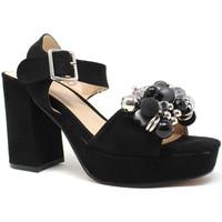 Παπούτσια Γυναίκα Σανδάλια / Πέδιλα Onyx S19-SOX467 Μαύρος