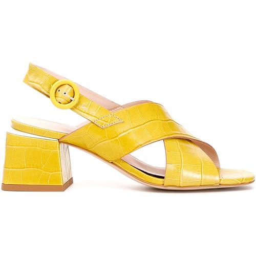 Παπούτσια Γυναίκα Σανδάλια / Πέδιλα Café Noir LF124 Κίτρινος