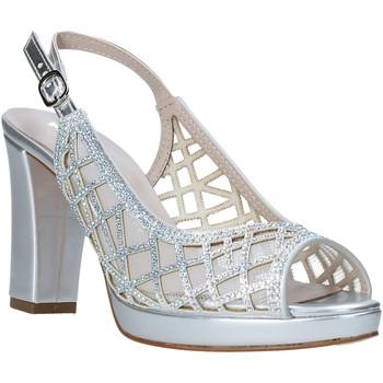 Παπούτσια Γυναίκα Σανδάλια / Πέδιλα Comart 303331 Ασήμι