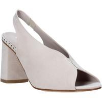 Παπούτσια Γυναίκα Σανδάλια / Πέδιλα Comart 7B3418 Μπεζ