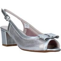 Παπούτσια Γυναίκα Σανδάλια / Πέδιλα Comart 293304 Ασήμι