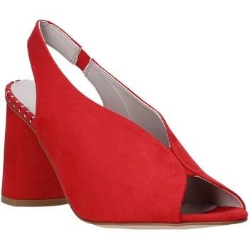 Παπούτσια Γυναίκα Σανδάλια / Πέδιλα Comart 7B3418 το κόκκινο