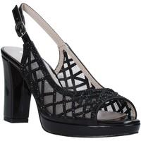 Παπούτσια Γυναίκα Σανδάλια / Πέδιλα Comart 303331 Μαύρος