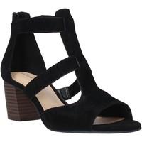 Παπούτσια Γυναίκα Σανδάλια / Πέδιλα Clarks 26140652 Μαύρος