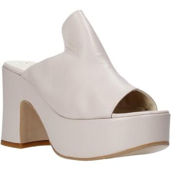 Παπούτσια Γυναίκα Τσόκαρα Esther Collezioni RM 20S Μπεζ