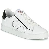 Παπούτσια Άνδρας Χαμηλά Sneakers Schmoove SPARK MOVE Άσπρο / Black