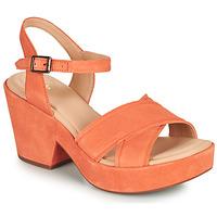 Παπούτσια Γυναίκα Σανδάλια / Πέδιλα Clarks MARITSA70STRAP Corail