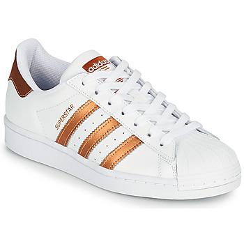 Παπούτσια Γυναίκα Χαμηλά Sneakers adidas Originals SUPERSTAR W Άσπρο / Bronze