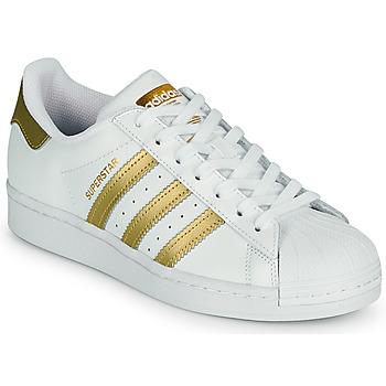 Παπούτσια Γυναίκα Χαμηλά Sneakers adidas Originals SUPERSTAR W Άσπρο / Gold