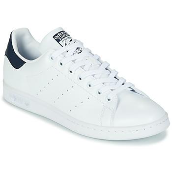 Παπούτσια Χαμηλά Sneakers adidas Originals STAN SMITH SUSTAINABLE Άσπρο / Marine