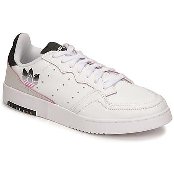 Παπούτσια Γυναίκα Χαμηλά Sneakers adidas Originals SUPERCOURT Άσπρο