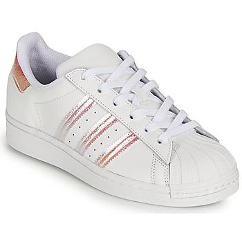 Xαμηλά Sneakers adidas SUPERSTAR J ΣΤΕΛΕΧΟΣ: Δέρμα & ΕΠΕΝΔΥΣΗ: Ύφασμα & ΕΣ. ΣΟΛΑ: Ύφασμα & ΕΞ. ΣΟΛΑ: Καουτσούκ