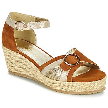 Παπούτσια Γυναίκα Σανδάλια / Πέδιλα Sweet ESTERS Gold / Camel