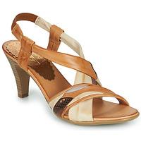 Παπούτσια Γυναίκα Σανδάλια / Πέδιλα Betty London POULOI Cognac