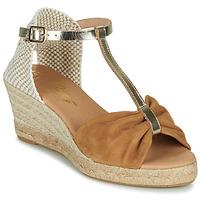 Παπούτσια Γυναίκα Σανδάλια / Πέδιλα Betty London OREINOA Camel