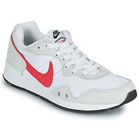 Παπούτσια Γυναίκα Χαμηλά Sneakers Nike VENTURE RUNNER Άσπρο / Ροζ
