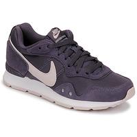 Παπούτσια Γυναίκα Χαμηλά Sneakers Nike VENTURE RUNNER Μπλέ