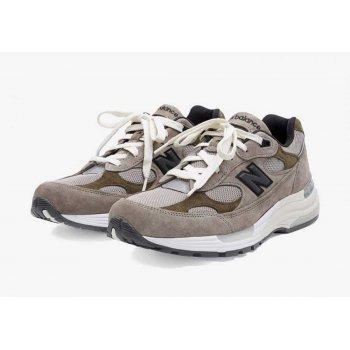 Παπούτσια Χαμηλά Sneakers New Balance JJJJound x New Balence 992 Beige Beige - Grey
