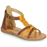 Παπούτσια Κορίτσι Σανδάλια / Πέδιλα Citrouille et Compagnie GITANOLO Yellow / Camel