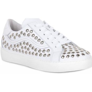 Παπούτσια Γυναίκα Multisport At Go GO 2493 GALAXY BIANCO Bianco