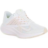 Παπούτσια Γυναίκα Χαμηλά Sneakers Nike 100 QUEST 3 Bianco