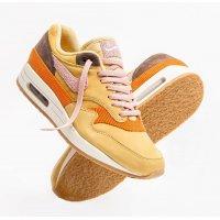 Παπούτσια Χαμηλά Sneakers Nike Air Max 1 Bacon Wheat Gold Rust Pink-Baroque Brown