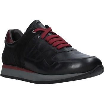 Xαμηλά Sneakers Exton 591