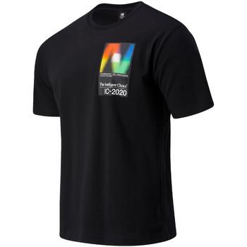 Υφασμάτινα Άνδρας T-shirt με κοντά μανίκια New Balance NBMT03529BK Μαύρος