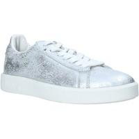 Παπούτσια Γυναίκα Χαμηλά Sneakers Diadora 201171917 Ασήμι