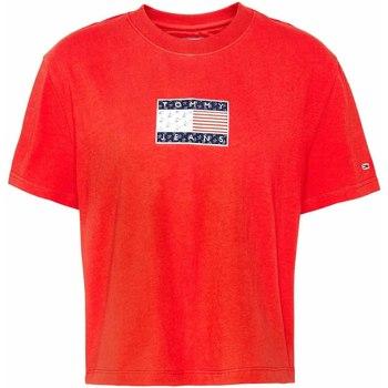 Υφασμάτινα Γυναίκα T-shirt με κοντά μανίκια Tommy Jeans DW0DW08482 το κόκκινο