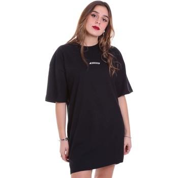 Υφασμάτινα Γυναίκα T-shirt με κοντά μανίκια Dickies DK0A4XCVBLK1 Μαύρος
