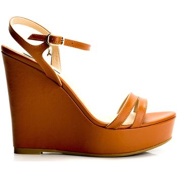 Παπούτσια Γυναίκα Σανδάλια / Πέδιλα Patrizia Pepe  Brown