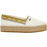 Παπούτσια Γυναίκα Εσπαντρίγια Tommy Jeans EN0EN01376 λευκό
