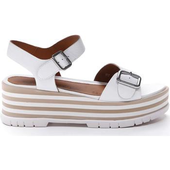 Παπούτσια Γυναίκα Σανδάλια / Πέδιλα Stonefly 213920 λευκό