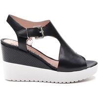 Παπούτσια Γυναίκα Σανδάλια / Πέδιλα Stonefly 213914 Μαύρος