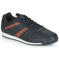 Παπούτσια Άνδρας Χαμηλά Sneakers Umbro LINSI Black / Brown