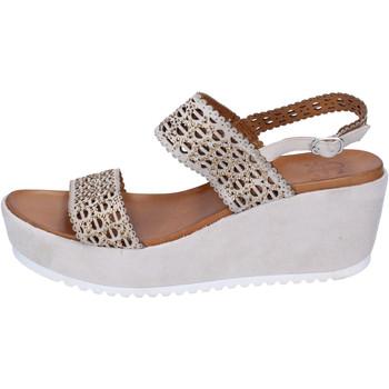Παπούτσια Γυναίκα Σανδάλια / Πέδιλα Femme Plus Σανδάλια BJ892 Μπεζ