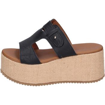 Παπούτσια Γυναίκα Τσόκαρα Sara Collection Σανδάλια BJ922 Μαύρος