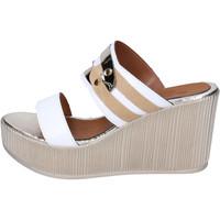 Παπούτσια Γυναίκα Τσόκαρα Sara Collection Σανδάλια BJ938 λευκό