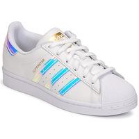 Παπούτσια Γυναίκα Χαμηλά Sneakers adidas Originals SUPERSTAR W Άσπρο / Iridescent