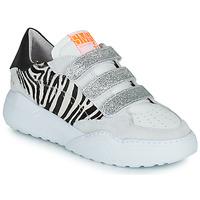 Παπούτσια Γυναίκα Χαμηλά Sneakers Semerdjian OTTO Beige / Black / Silver