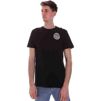 Υφασμάτινα Άνδρας T-shirt με κοντά μανίκια Fila 688456 Μαύρος