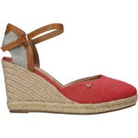 Παπούτσια Γυναίκα Σανδάλια / Πέδιλα Wrangler WL11610A το κόκκινο