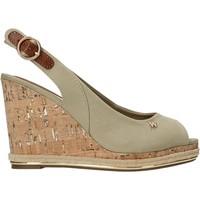 Παπούτσια Γυναίκα Σανδάλια / Πέδιλα Wrangler WL11651A Μπεζ