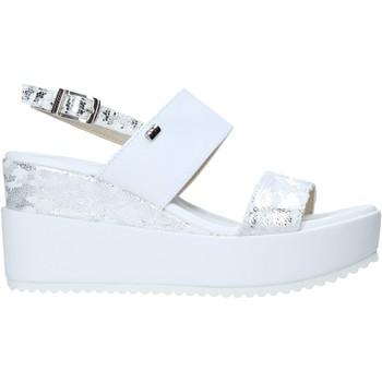 Παπούτσια Γυναίκα Σανδάλια / Πέδιλα Valleverde 32437 λευκό