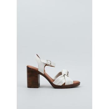 Παπούτσια Γυναίκα Σανδάλια / Πέδιλα Sandra Fontan  Beige