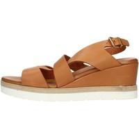 Παπούτσια Γυναίκα Σανδάλια / Πέδιλα Inuovo 121022 Leather