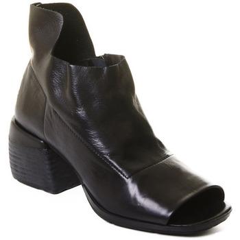 Παπούτσια Γυναίκα Μποτίνια Rebecca White T0402 |Rebecca White| D??msk?? kotn??kov?? boty z ?ern?? telec?? k??e,